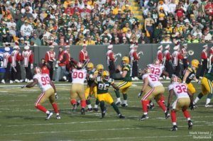 GREEN BAY WI NOVEMBER 22 San Francisco 49ers defence in action against Green Bay Packers
